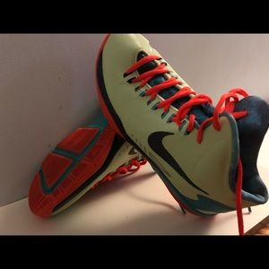 Nike Kevin Durant sneakers. Size 5